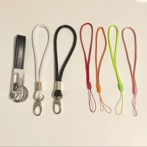 Accessories - 7 Mixed keychain holders